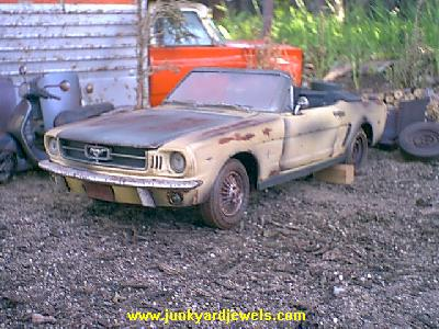 1_18_scale_custom_diecast_1964_ford_mustang_convertible_a_1.jpg